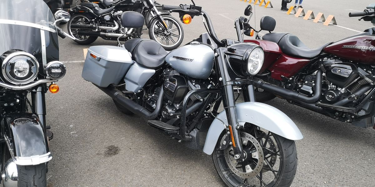 Essai Harley Road King Special 2020