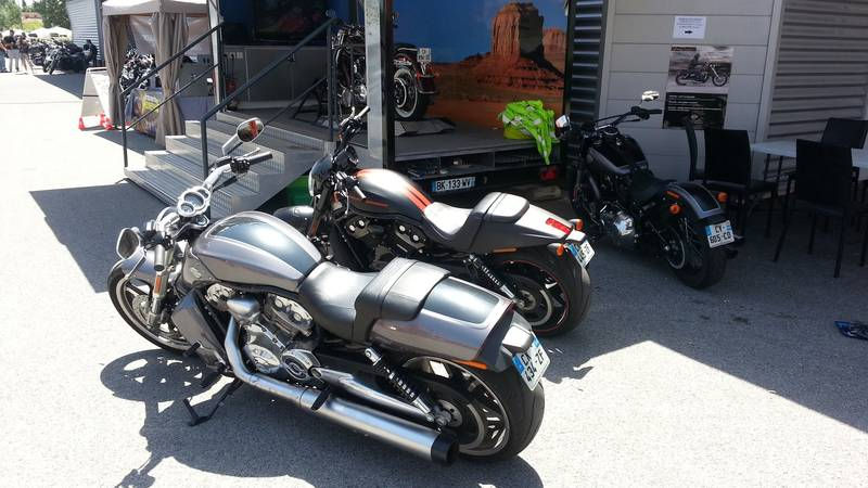 Experience Tour Harley 2014 : gamme V-Rod
